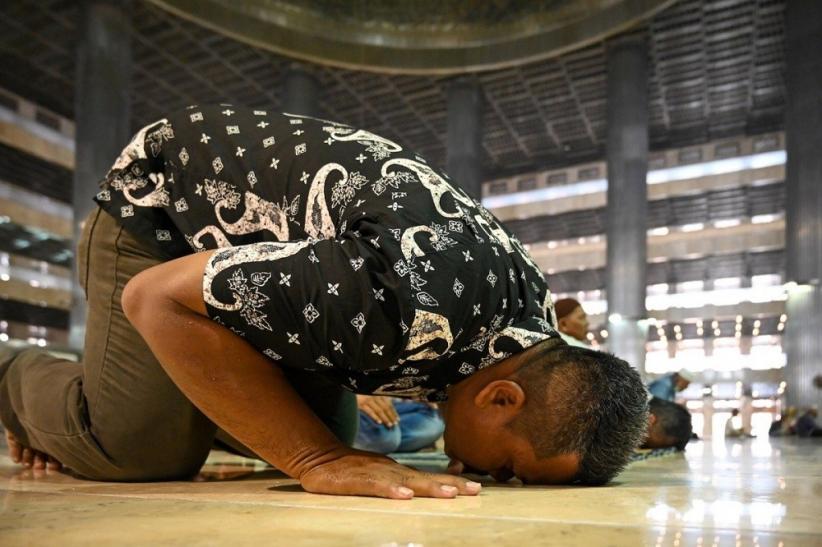 Niat Sholat Maghrib Lengkap Beserta Tata Cara Dan Doa Bagian 1
