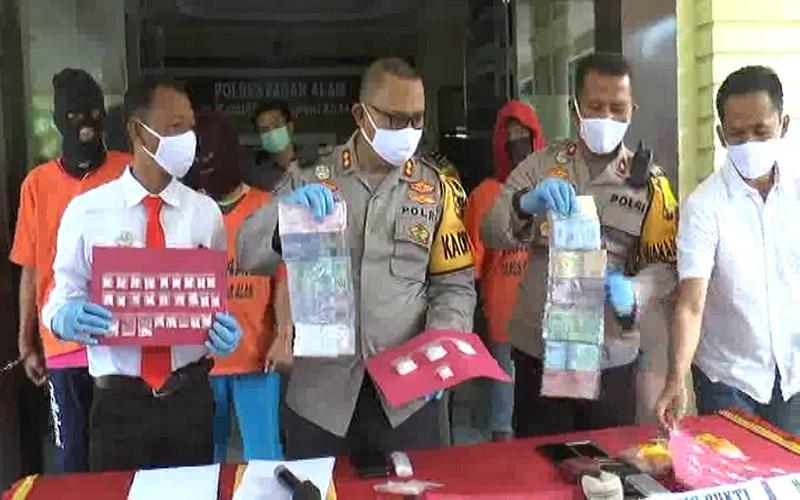 Oknum Perwira Polisi Ditangkap karena Jadi Bandar Sabu di Sekitar Gunung Dempo