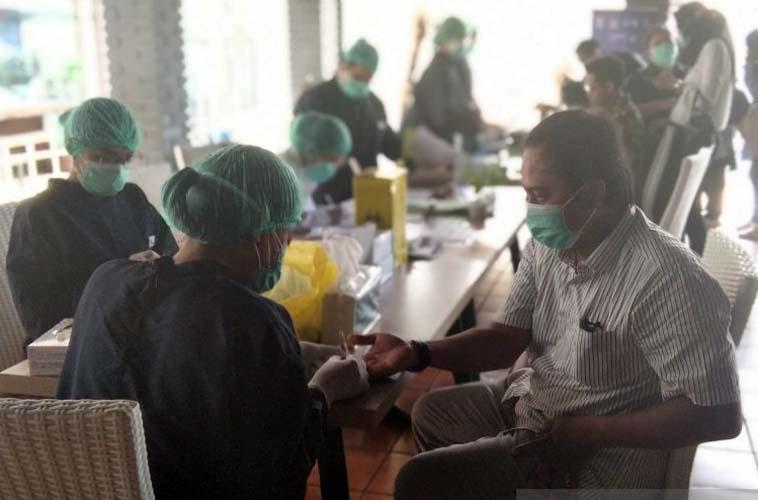 Rapid Test 7.987 Petugas KPPS Manado, Hasilnya 1.038 Orang Reaktif Covid-19