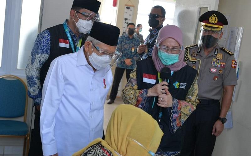 Wapres Ma'ruf Amin Tinjau Simulasi Vaksinasi Covid-19 di Cikarang, Ada Ridwan Kamil dan Terawan
