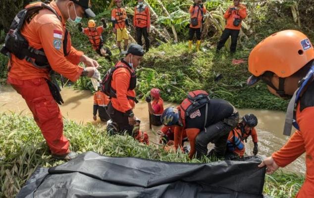 Tragis, Begini Detik-Detik Bapak dan Anak di Kendal Tewas Terseret Banjir Bandang