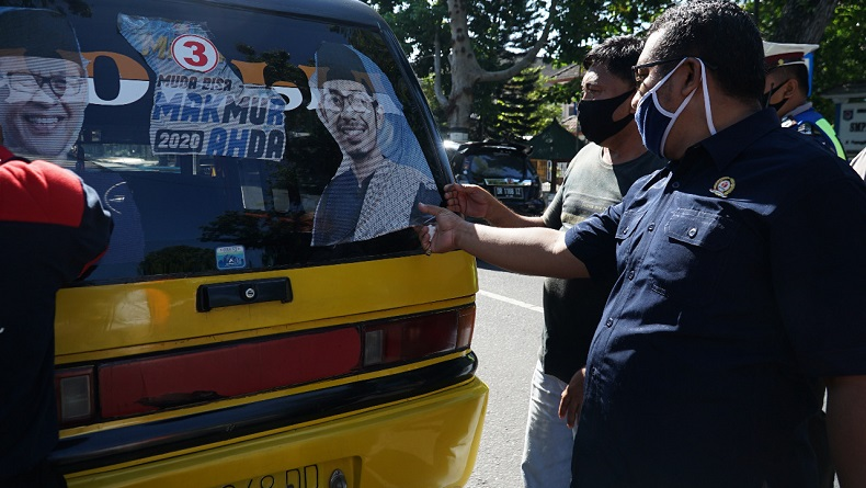 Langgar Aturan Kampanye, APK dan BK di Kota Mataram Ditertibkan Tim Terpadu
