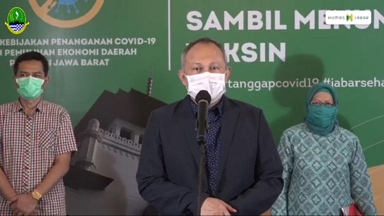 Ridwan Kamil Teken UMK 2021, 17 Kabupaten-Kota Naikkan Upah Buruh