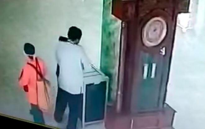 Satu Keluarga Pencuri Kotak Amal Masjid di Malang Ditangkap, Ayah Ditahan