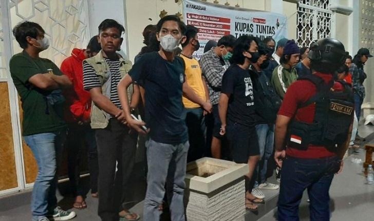 Rayakan Ultah, 33 Pemuda di Makassar Pesta Miras di Pelataran Masjid