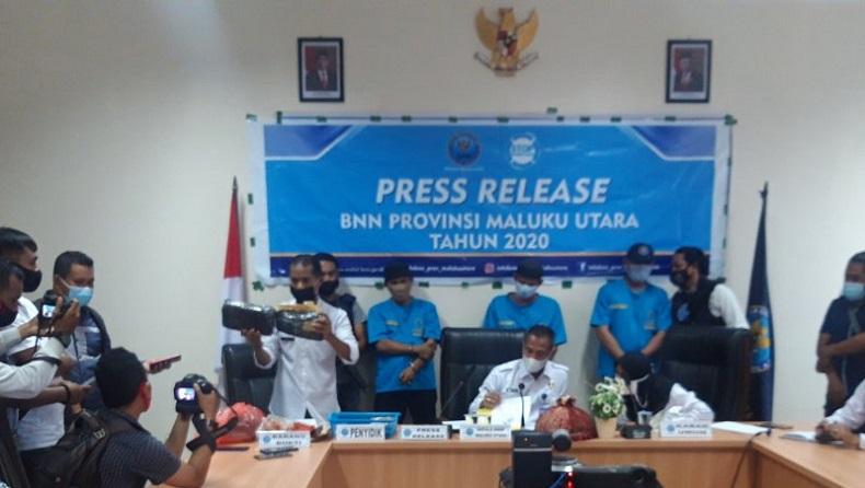 Oknum Anggota Polri dan Rekannya Ditangkap Petugas BNNP Malut karena Narkoba, Ini Kronologinya