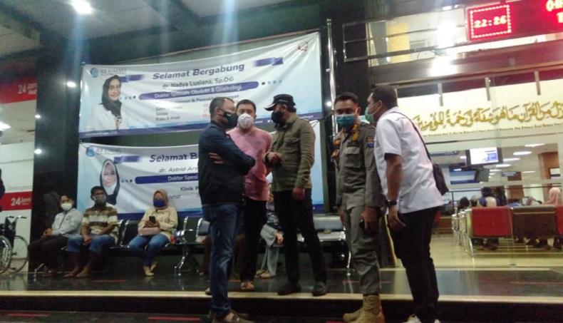Pastikan Tak Ada Kerumunan Massa Habib Rizieq, Bima Arya Sidak ke Rumah Sakit