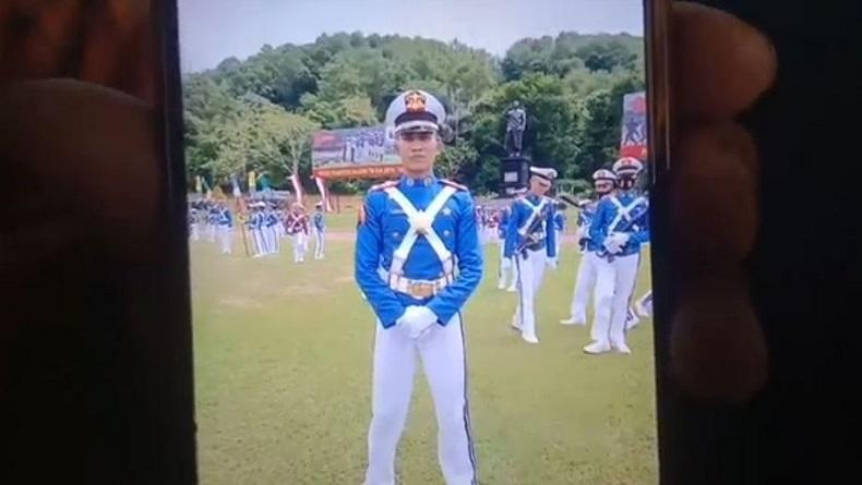 Kisah Anak Pebetor di Tanjungbalai Lulus Taruna Akademi AL, Orang Tua Menangis Bangga