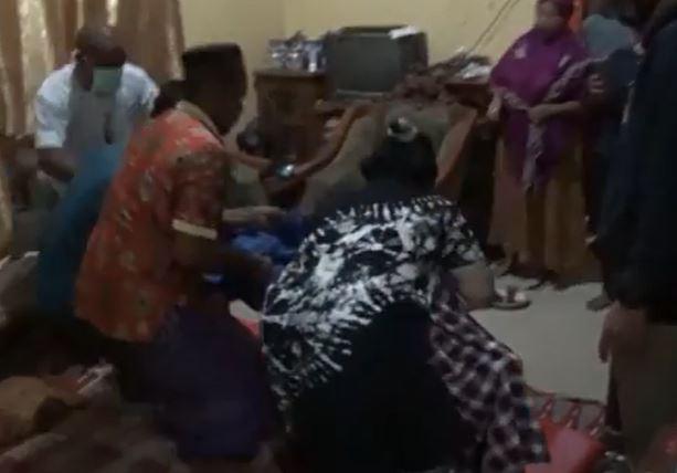 Pamer Alat Kelamin ke Istri Orang, Pria di Bone Tewas Dihantam Balok