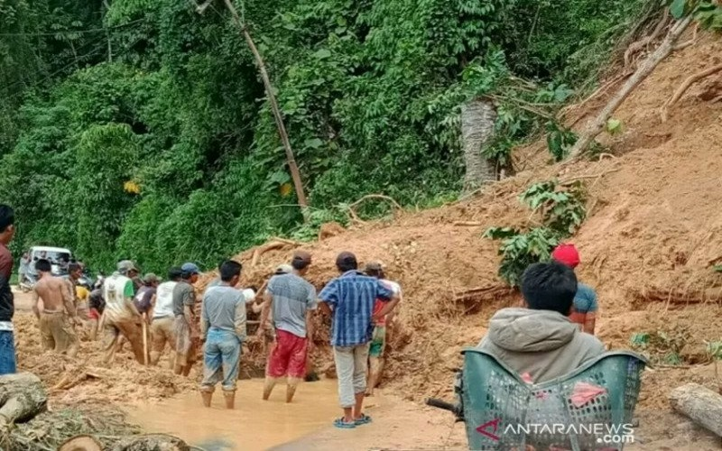BMKG: Kecamatan di Wilayah Barat Sumsel Rawan Longsor