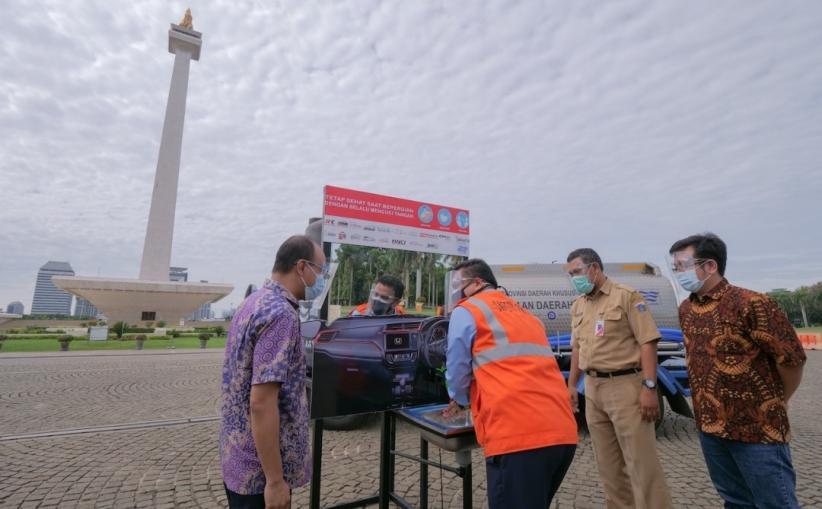 Komunitas Mobil Honda Sumbang Westafel Unik Berbentuk Dasbor di Monas