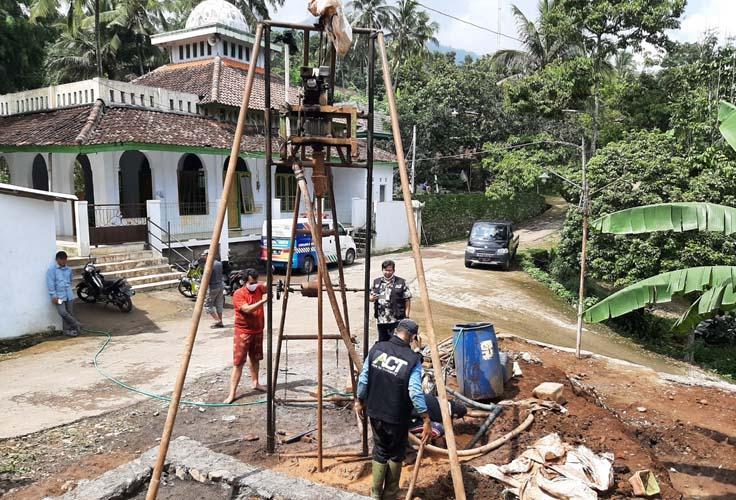Atasi Krisis Air Bersih,  ACT Jateng Bangun Sumur Wakaf di Desa Gedong Banyubiru