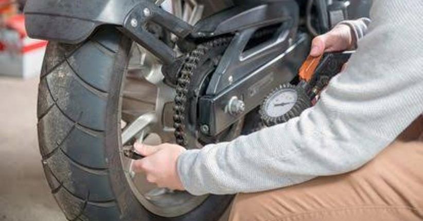 Tips Merawat Ban Motor agar Berusia Panjang