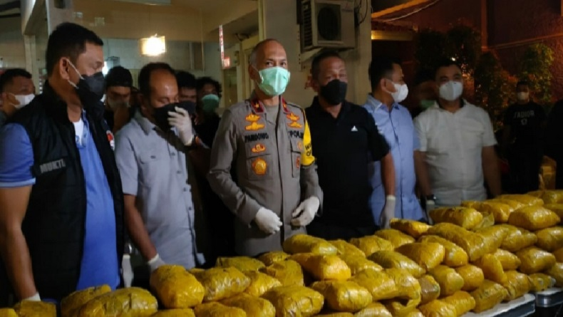 Gulung Sindikat Narkoba Timur Tengah, Polisi Sita 201 Kg Sabu di Petamburan