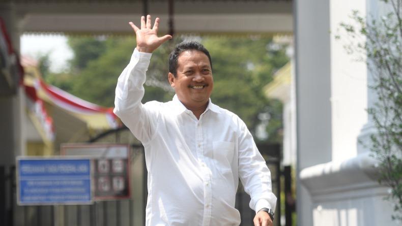 Cinta Lingkungan, Menteri KKP Wahyu Trenggono Evaluasi Ekspor Benih Lobster