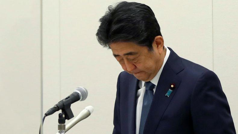 Mantan PM Jepang Shinzo Abe Minta Maaf soal Tuduhan Korupsi Anak Buahnya