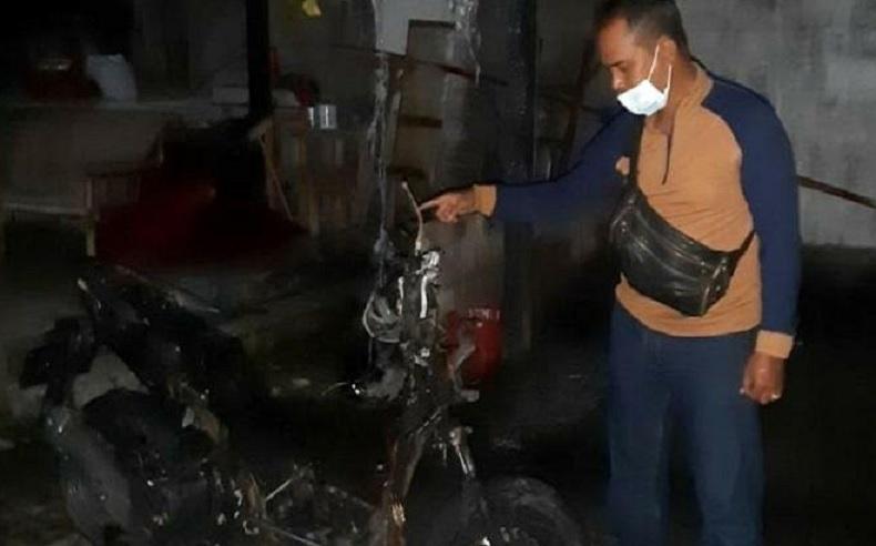 Diancam Akan Disantet, Motor Warga Denpasar Ini Hangus Terbakar