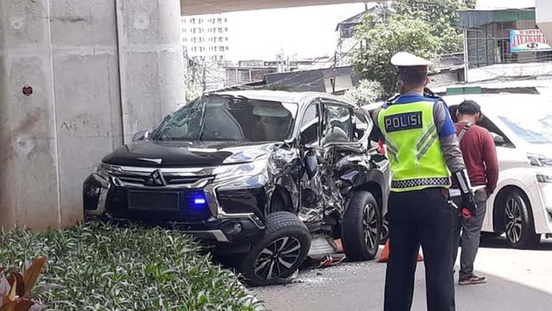 Tabrak Mobil Istri Jenderal Polisi, Sopir Bus Transjakarta Dapat Sanksi