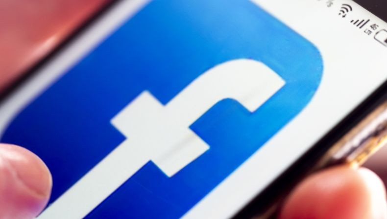 Facebook Berani Blokir Akun Donald Trump, tapi Tidak terhadap Duterte dan Bolsonaro?