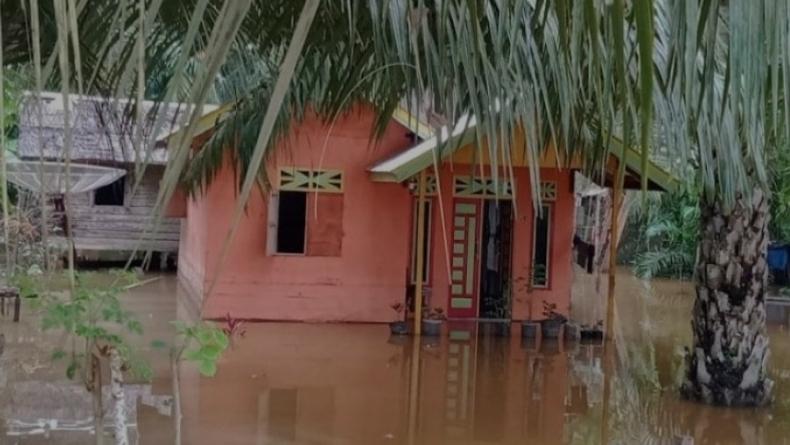 Banjir di Nagan Raya Rendam 2 Desa usai Diguyur Hujan Deras Seharian