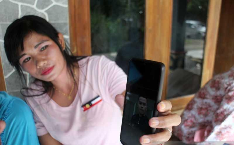Keluarga Di Sragen Menanti Kabar Terkini Kakak Beradik Penumpang Sriwijaya Air Jatuh Bagian 1