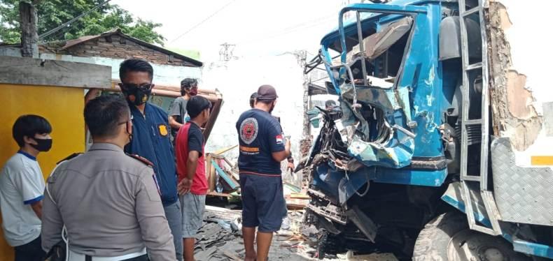 Kecelakaan Maut di Bawen, 7 Korban Dibawa ke RS Ken Saras