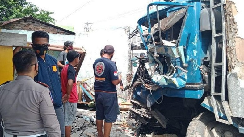 Kecelakaan Maut di Jalan raya Semarang-Bawen, 3 Tewas di Lokasi Kejadian, 4 Luka-Luka