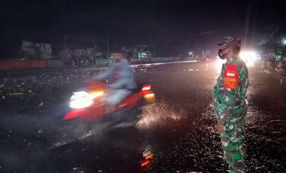 Gelombang Pasang 3 Meter Terjang Manado, BMKG: Dipicu Angin Kencang