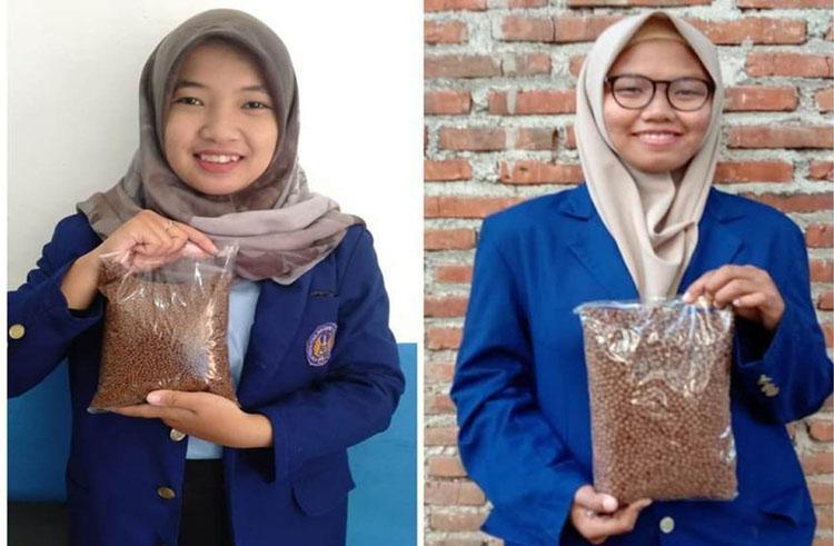 Mahasiswa UNY Ciptakan Pelet Pakan Lele Berbahan Enceng Gondok dan Keong Sawah
