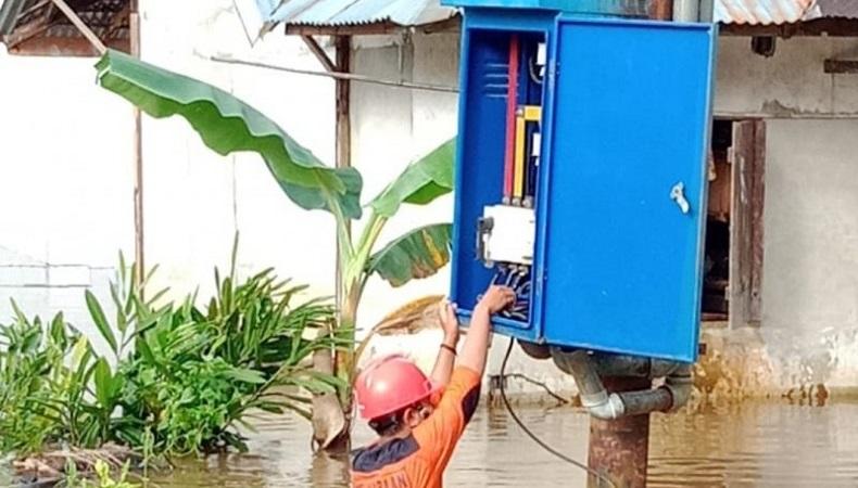 Pascabanjir Kalbar, PLN Nyalakan Kembali Listrik di Seluruh Kawasan Terdampak