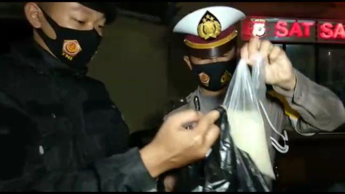Aksi Kejar-Kejaran Warnai Penggerebekan Pesta Miras di Tasikmalaya