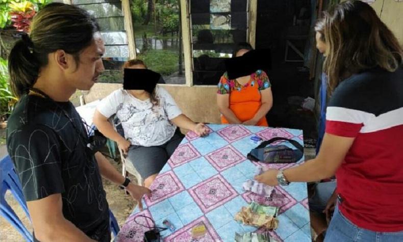 Duh, 2 Emak-Emak di Minahasa Utara Digerebek Polisi saat Asyik Main Judi Kartu