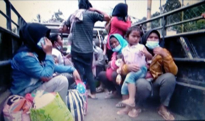 Erupsi Merapi Masih Aman, Ratusan Pengungsi Desa Tlogolele Dipulangkan ke Rumah