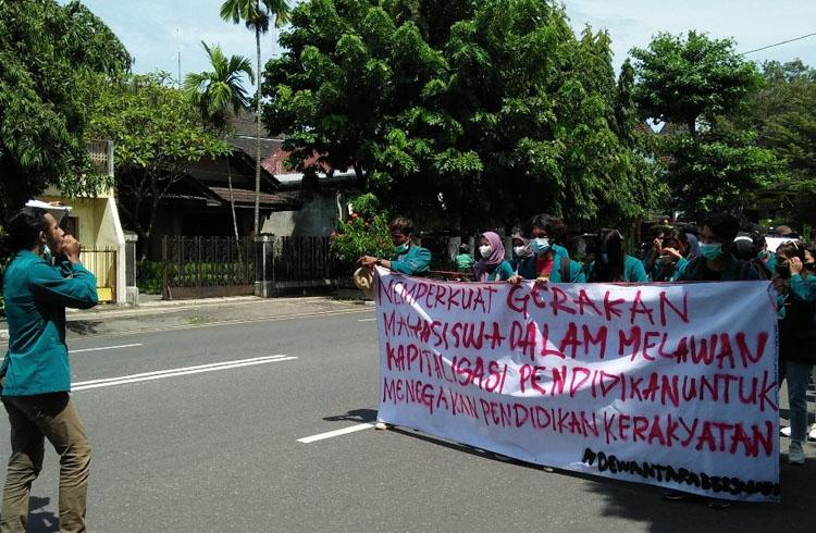 Terdampak Pandemi Covid-19, Mahasiswa UST Yogyakarta Tuntut Potongan Biaya Pendidikan