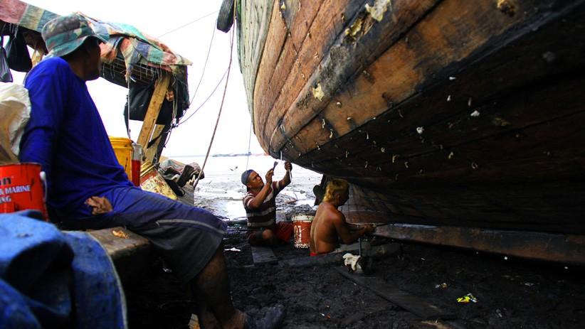 Cuaca Buruk, Pelayaran di Maluku Utara Tertunda