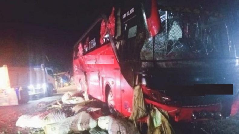 Kecelakaan Bus Tabrak Mobil Barang di Jalan Medan-Banda Aceh, 2 Orang Luka-Luka