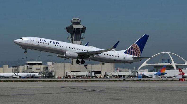 United Airlines dan 2 Maskapai Jepang Kandangkan Boeing 777 Usai Insiden Mesin Meledak