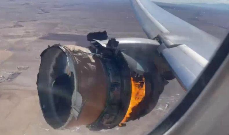 Cerita Paniknya Penumpang Pesawat Boeing 777 saat Mesin Meledak