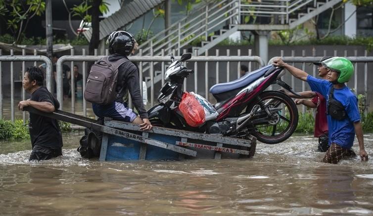 Motor Mogok akibat Tergenang Banjir, Ini 4 Hal Harus Dilakukan