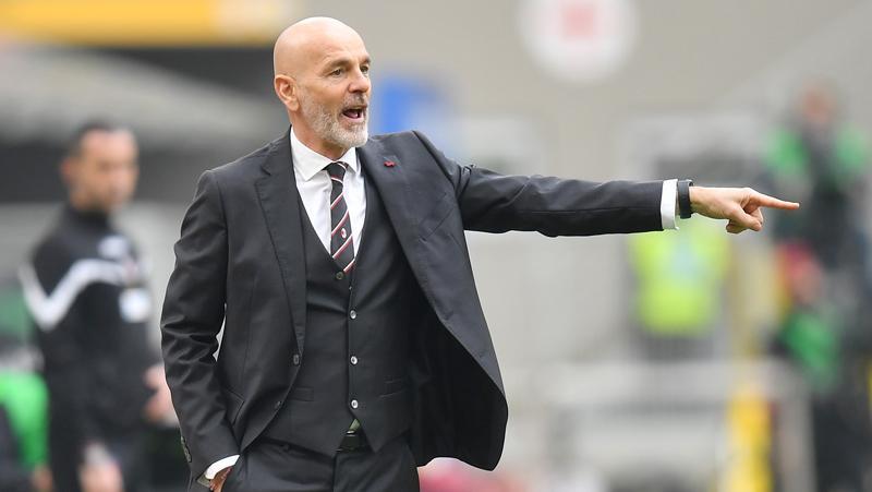 Stefano Pioli Murka Milan Dibantai Inter 0-3