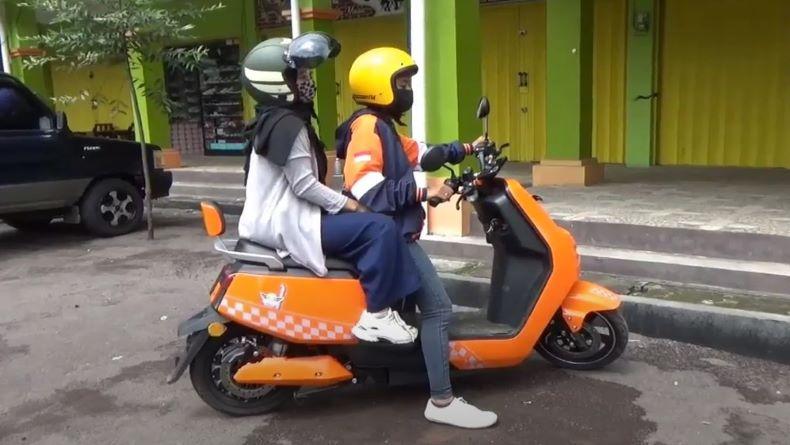 Ojek Online Motor Listrik Rambah Salatiga, Klaim Hemat 50 Persen