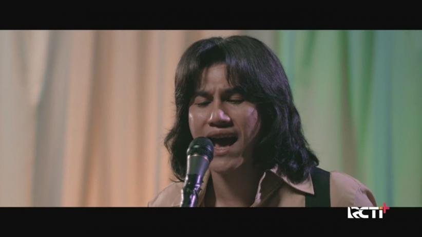 Makna Lagu 'Ketika Tangan dan Kaki Berkata' yang Jadi Titik Balik Perjalanan Hidup Musisi Legendaris Chrisye