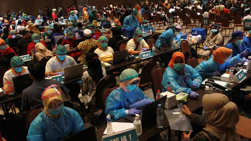 Setahun Pandemi Covid-19 di Indonesia: Masyarakat Lakukan 3M, Pemerintah 3T