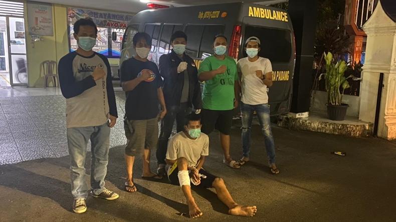 Rampas Motor saat Tawuran, Pemuda di Padang Ambruk Ditembak Polisi