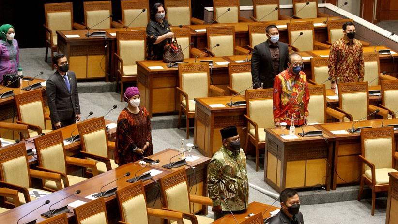 DPR Gelar Sidang Paripurna Hari Ini, Hampir Setengah Anggota Tak Hadir