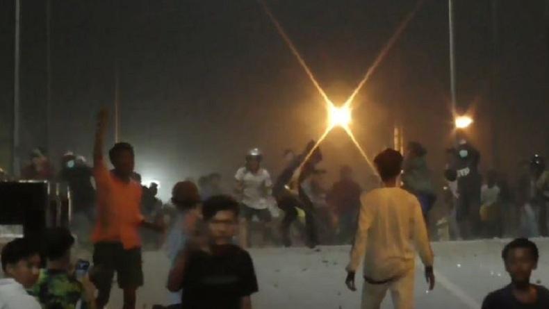 Tawuran 2 Kelompok Remaja di Medan, Kios Ponsel Jadi Sasaran Dirusak dan Dijarah