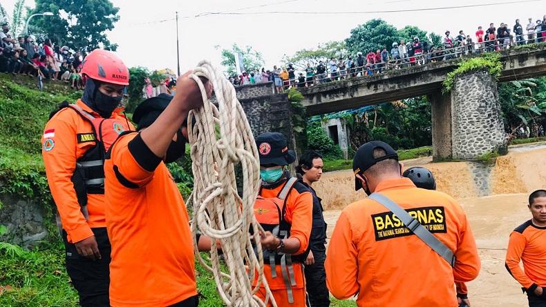 Seberangi Sungai Usai Berkebun, Warga Aceh Hilang
