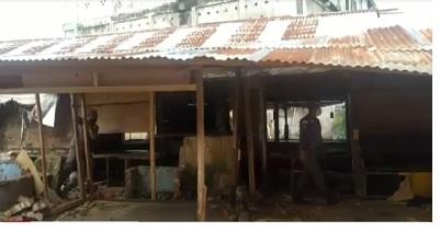 Satpol PP Jambi Bongkar 80 Lapak Tanpa Izin di Pasar Kito