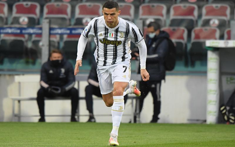 Cristiano Ronaldo Sudah Berlatih Bareng Juventus Hari Ini, Batal Hengkang?