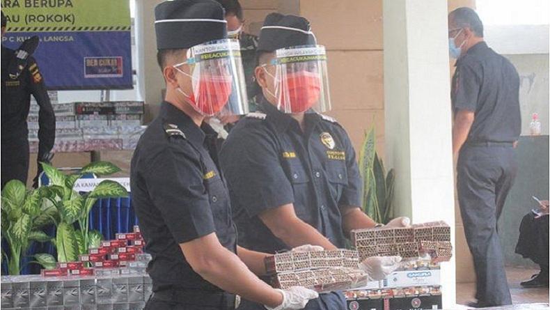 Bea Cukai Sita 31.000 Batang Rokok Ilegal di Banda Aceh